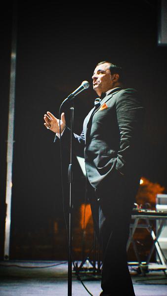 Bruno Sings Sinatra